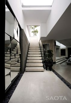 Mirror#Architecture #building  http://architecturephotocollections.blogspot.com