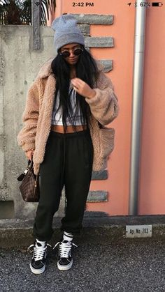 Juju on that beat chill outfits, cute lazy outfits, casual outfits, fashion Tomboy Fashion, Indie Fashion, Fashion Killa, Urban Fashion, 90s Fashion, Fashion Models, Fashion Outfits, Lazy Fashion, Winter Fashion