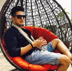 Priyank Sharma Photo Poses For Boy, Boy Poses, Indian Celebrities, Bollywood Celebrities, Tv Actors, Actors & Actresses, Chocolate Boys, Bollywood Stars, Well Dressed Men