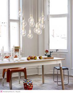 Muuto Suspension E 27 LED - rouge bourguignon Decor, Living Room Table, Table, Scandinavian Chandeliers, Muuto, Scandinavian Lighting, Home Decor, Dining Table, Dining Room Sets
