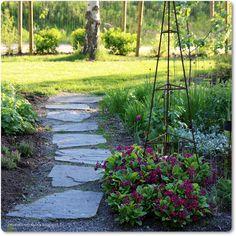 Tuplasti terapiaa Outdoor Decor, Stepping Stones, Garden, Outdoor, Home And Garden