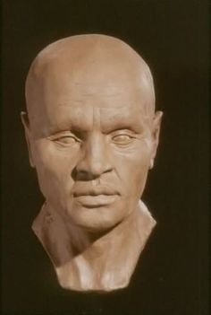 Natsef Amun was a priest at the temple of Karnak from BC. He died in middle age. He appears to be strongly Nubian in appearance, which isn't uncommon in Upper (Southern) Egyptians History Books, World History, Ancient Egypt, Ancient History, Forensic Facial Reconstruction, The Bible Movie, Egyptian Mummies, Anthropologie, All Family