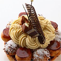 """cake named """"Saint-honore aux marrons"""" from a cake shop A Tes Souhaits in Tokyo."""