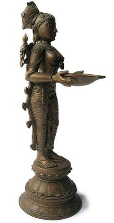 The Cultural Heritage of India: Replicas of Chola Bronze Statues : Timeless Artistic Treasures of Tamil Nadu, India Sculpture Clay, Bronze Sculpture, Indian Gods, Indian Art, Ange Demon, Brass Statues, Indian Architecture, Buddhist Art, Oil Lamps