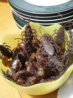 Stuffed date cockroaches