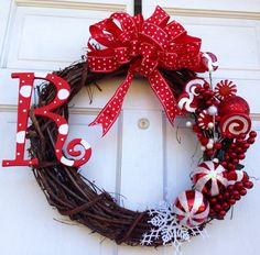 Candy Cane Christmas Wreath - Red and White Christmas Wreath - Christmas Wreath