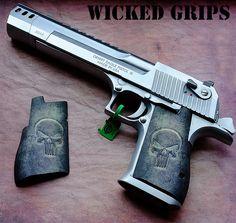 """CUSTOM DESERT EAGLE GRIPS """"PUNISHER"""" - Wicked Grips"""