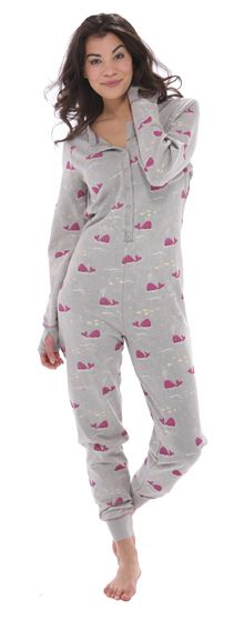 Famous for whimsical fun prints, Munki Munki never disappoints. This long sleeve union suit has a snap front. This soft pj is 80% cotton and 40% polyester and features a trap door and cuffs with thumbholes.