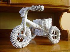 Handmade bicycle - newspaper weaving