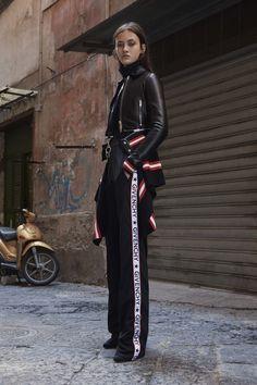 Défilé Givenchy Croisière 2017 17