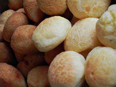 crocantes coxinhas e pães de queijo - delícias do Brasil