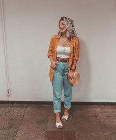 Clique no pin e saiba mais ! Curvy Outfits, Mom Outfits, Trendy Outfits, Fashion Outfits, Mom Jeans Outfit Summer, Outfit Jeans, Summer Outfits, Chubby Fashion, Mein Style