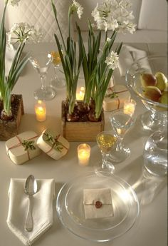 Lovely holiday table setting