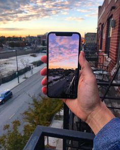 Repost from Appledsign using We just love the full screen iPhone X landscape shots! Want to see more of these photos? Apple Tv, Apple Watch, Apple Mac Book, Iphone 7 Plus, Free Iphone, Macbook Skin, Steve Wozniak, Mac Laptop, Apple Macbook Pro