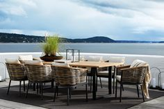Slettvoll utemøbler 5 Rooftop Deck, Terrace, Outdoor Spaces, Outdoor Living, Outdoor Decor, Madeira Natural, Dream Decor, Beach House, Outdoor Furniture Sets