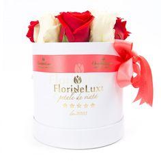 Cutie eleganta, calitate superioara, perfecta pentru aniversari, ocazii romantice, business, sau onomastici !  https://www.floridelux.ro/aranjamente-florale-cadou.html