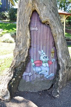 Alice in Wonderland door