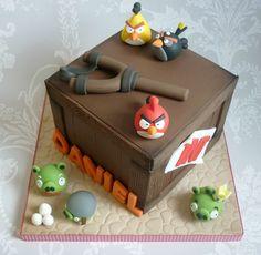Angry Birds birthday cake by The Designer Cake Company, via Flickr