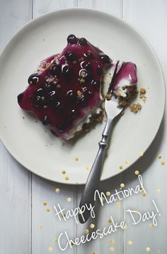 super easy blueberry cheesecake recipe!