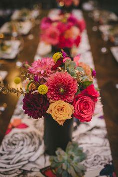 colorful centerpiece - photo by Jacqueline Schlossman for Readyluck http://ruffledblog.com/contemporary-la-jolla-wedding