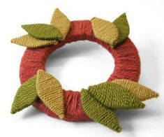 The Giving Thanks Holiday Wreath is the perfect solution for anyone searching for Thanksgiving decorating ideas.