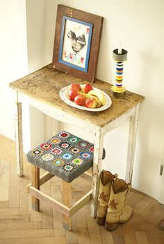 Crochet Stool Inspiration ❥ 4U hilariafina  http://www.pinterest.com/hilariafina/