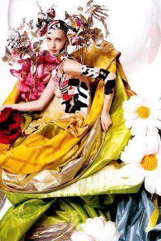 'Festival', Diana Dondoe by Alix Malka, Citizen K Spring 2003. Christian Dior Spring Summer 2003 Haute Couture  | Cynthia Reccord