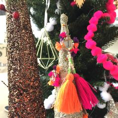 Resume, Christmas Ornaments, Holiday Decor, Diy, Crafts, Home Decor, Manualidades, Decoration Home, Bricolage