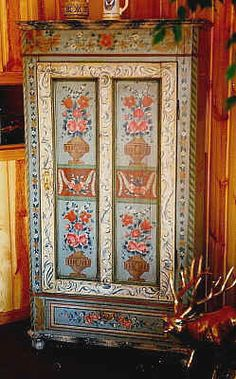 Painted Bauernmalerei cabinet with classic rococo design