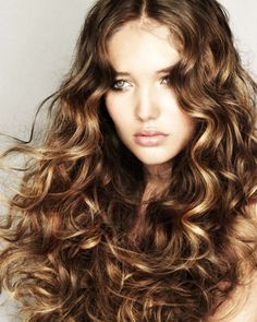pretty curly hairstyles pics