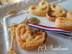 Fake Food, French Pastries, Decoden, Onion Rings, Polymer Clay, Miniatures, Sweets, Breakfast, Ethnic Recipes