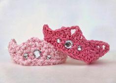 free beginner crochet newborn crown pattern