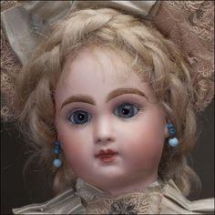 *JUMEAU ~ Bebe Doll -12 inch