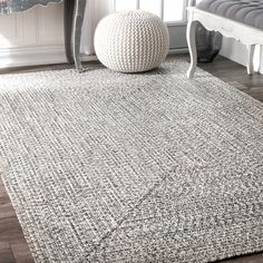 nuLOOM Handmade Casual Solid Braided Light Grey Rug (4' x 6') | Overstock.com Shopping - The Best Deals on 3x5 - 4x6 Rugs