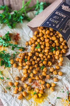 Crispy Turmeric Roasted Chickpeas