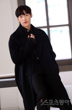 Hallyu Star, Kdrama Actors, Bishounen, Shownu, My Character, Asian Boys, K Idols, Korean Actors, My Boyfriend