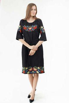 Вишите плаття чорного кольору з кольоровою вишивкою арт  851-14 10 купити в a7e9a694da416