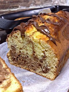 A simple and delicious dessert, the nutella plumcake is perfect for breakfast. Italian Cake, Italian Desserts, Baking Recipes, Cake Recipes, Dessert Recipes, Nutella Recipes, Chocolate Recipes, Delicious Desserts, Yummy Food
