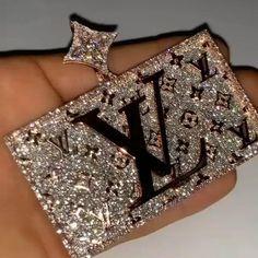 Unusual Jewelry, Cute Jewelry, Jewelry Accessories, Rapper Jewelry, Urban Jewelry, Fantasy Jewelry, Chains For Men, Piercings, Diamond Wedding Rings