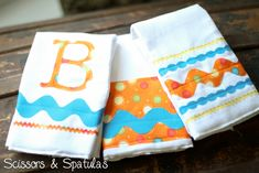 Handmade Burp Cloths for Baby Brighton | Scissors & Spatulas {and everything in between}Scissors & Spatulas {and everything in between}