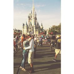 CUTE COUPLES ❤ liked on Polyvore featuring couples, pictures, love, disney and cute couples
