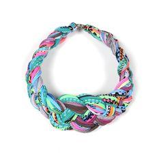Trenzado anudado gargantilla Collar Tribal collar tela