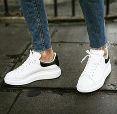 786c4f8c18a8  erik.forsgren, sneakers by Alexander McQueen  alexandermcqueenshoes  Vestimentaire, Placard À Chaussures
