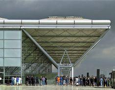 Terminal del Aeropuerto de Stansted. Norman Foster