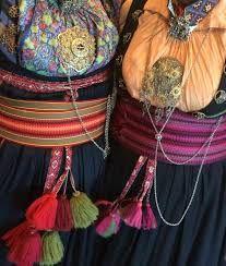 Solje brooch made by Hilde Nødtvedt Folk Costume, Costumes, Bridal Crown, Fashion History, Vikings, Folk Art, Scandinavian, Captain Hat, Textiles