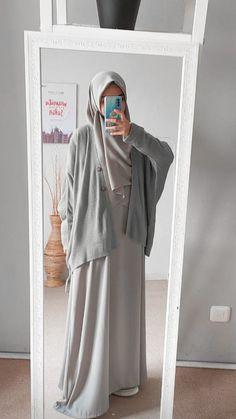 Modest Fashion Hijab, Modern Hijab Fashion, Muslim Women Fashion, Casual Hijab Outfit, Ootd Hijab, Hijab Chic, Abaya Fashion, Fashion Outfits, Hijab Gown