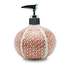 Soap bottle: Arita porcelain 【陶器製】有田焼ソープボトル 錦絡み紋
