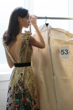 ELIE SAAB Backstage   Haute Couture Autumn Winter 2016-17