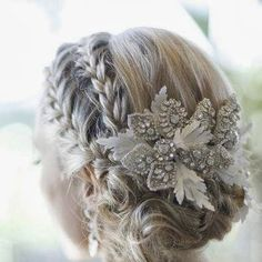 Bridal Hair - 25 Wedding Upstyles & Updo's - An enchanting side braided upstyle with dazzling hair accessory creates an ethereal look Would also be pretty for bridesmaids (minus the hair piece). Up Hairstyles, Pretty Hairstyles, Bridal Hairstyles, Hairstyle Ideas, Medium Hairstyles, Short Haircuts, Bridesmaid Hairstyles, Hairstyle Short, Style Hairstyle
