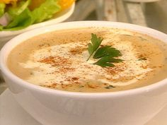 Checkout this healthy Crab Bisque Recipe at LaaLoosh.com! This tasty bisque has just 3 Points   per serving and tastes amazing! It makes the perfect low calorie lunch idea, or a fabulous dinner appetizer. It's a wonderful, healthy alternative to high fat traditional bisque recipes.